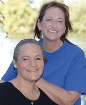 Sisters Debbie and Pam Mitchell